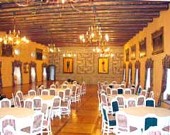 Main hall of the Melnik chateau